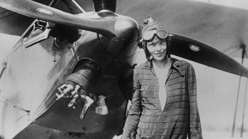 Amelia Earhart: Überlebte die Pionierin ihren letzten Flug?
