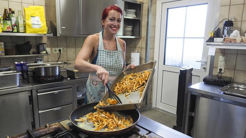 Ernährung: Die Köchin Manja Wolf-Voit in ihrem Restaurant