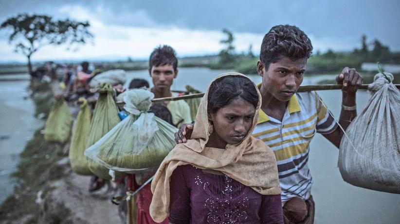 """Rohingya: UN-Kommissar sieht """"ethnische Säuberungen"""" in Myanmar"""