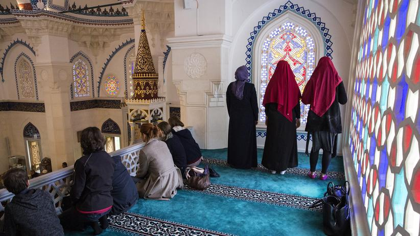 """Islam: """"Warum driften junge Menschen ab?"""""""