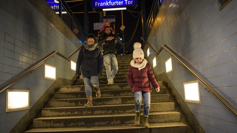 Asylpolitik: Ciwan, Rejna und ihre Töchter Adila und Sada in Berlin