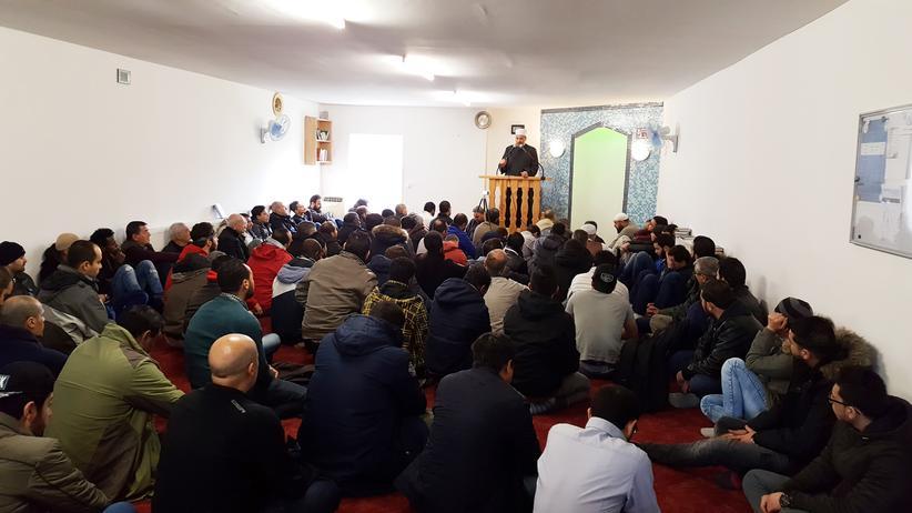 Muslime in Ostdeutschland: Macht Schweigen schon verdächtig?