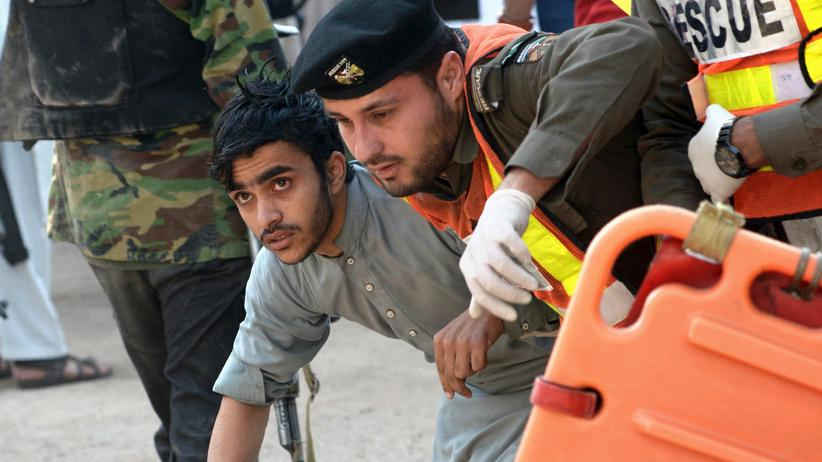 Pakistan: Mindestens 14 Tote bei Taliban-Angriff auf Studentenheim