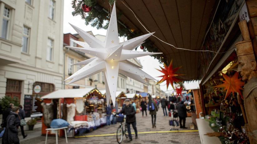 Bombenalarm am Weihnachtsmarkt: Verdächtiges Paket in Potsdam sollte Geld von DHL erpressen
