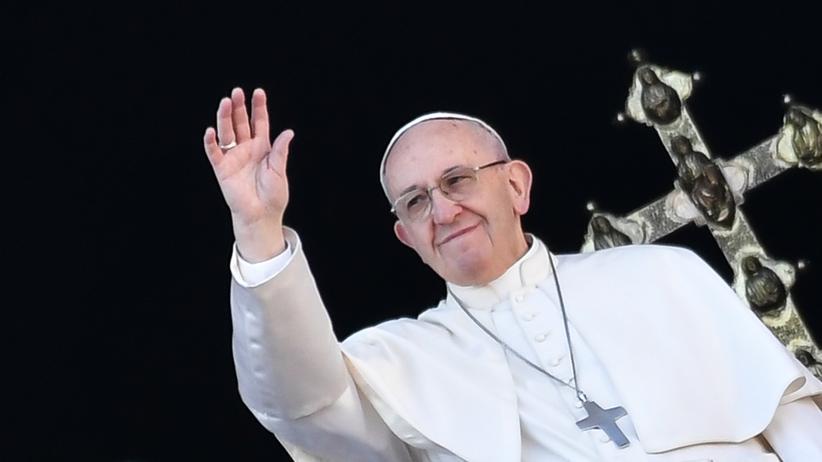 """Weihnachtsbotschaft: Papst warnt vor """"Niedergang des Menschen"""""""