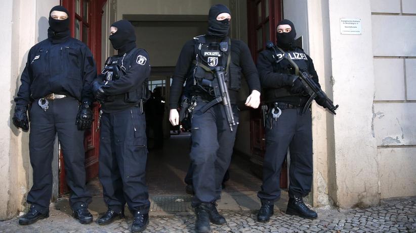 Mafia: Polizei nimmt elf mutmaßliche 'Ndrangheta-Mitglieder fest