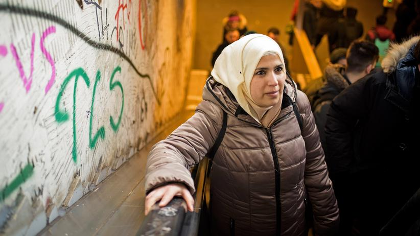 Familiennachzug: Amal wohnt in Strausberg, in der Nähe von Berlin. Ihre Kinder leben noch in Damaskus.