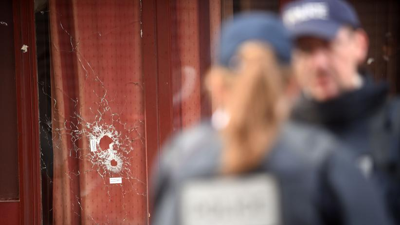 Anschläge in Paris: Freispruch und zwei Haftstrafen im Pariser Terrorprozess