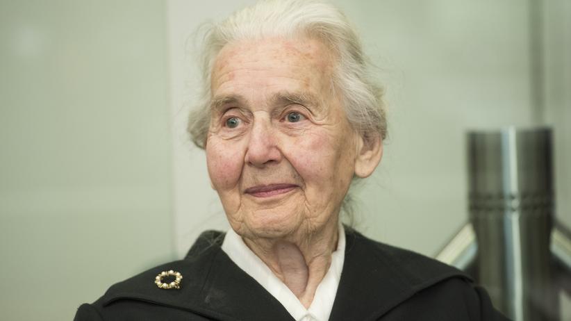 Volksverhetzung: Die Holocaustleugnerin Ursula Haverbeck im Oktober 2017 beim Amtsgericht Tiergarten in Berlin.
