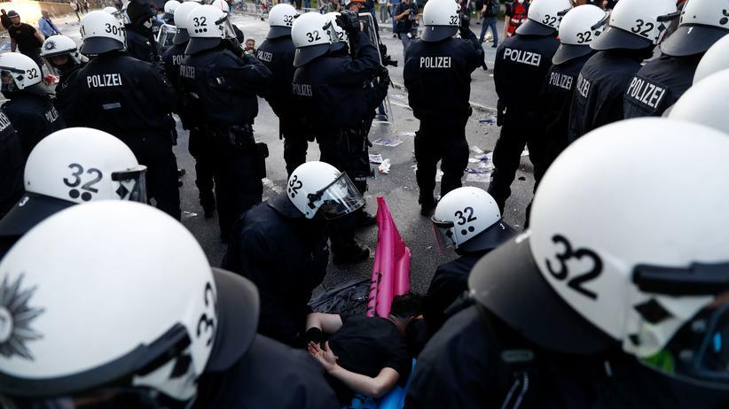 Polizei: Festnahme beim G20-Gipfel in Hamburg 2017