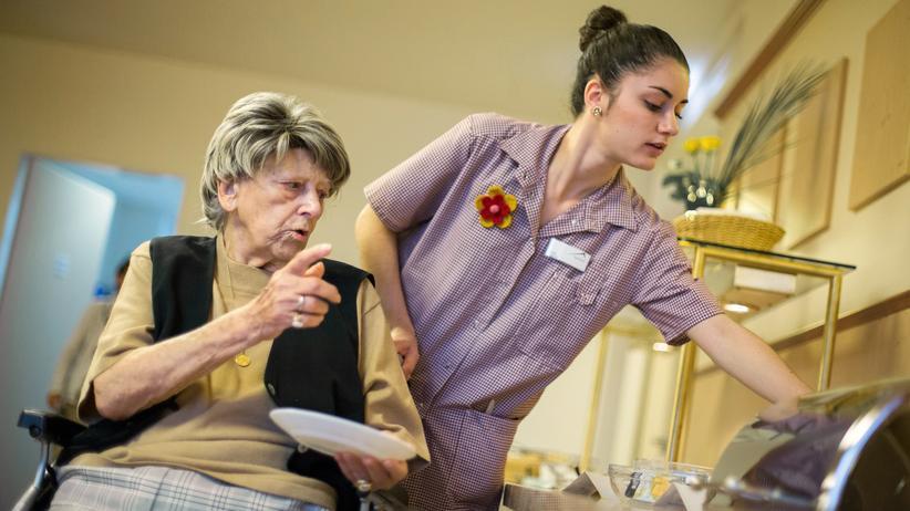 Bundesregierung: Zahl ausländischer Pflegekräfte deutlich gestiegen