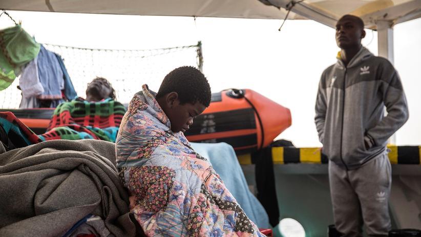 Flüchtlinge: Nach mehreren Abschottungsmaßnahmen ist die Zahl der Überfahrten nach Europa über das Mittelmeer deutlich gesunken.