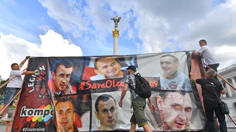 Europäischer Gerichtshof für Menschenrechte: Am Geburtstag von Oleh Senzow fordern Demonstranten die Freilassung des ukrainischen Filmemachers.
