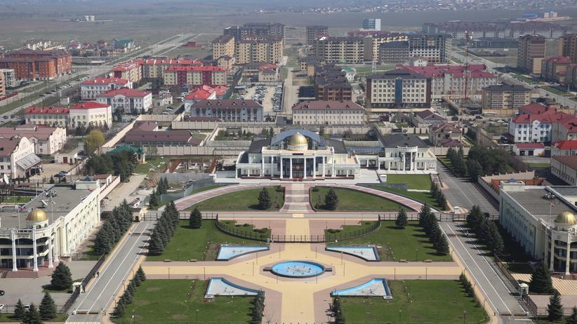 Russland: Regierungsgebäude in Magas in Inguschetien