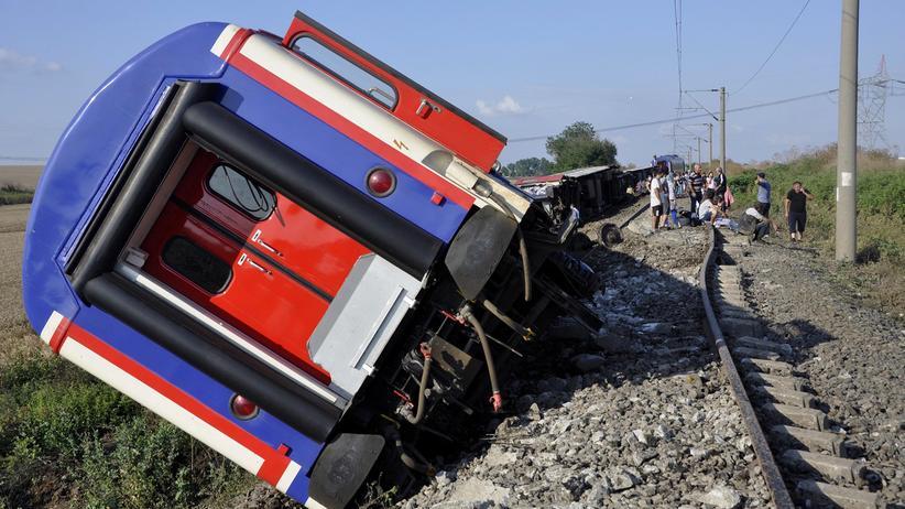 Türkei: Mehr als 20 Tote nach Zugunglück
