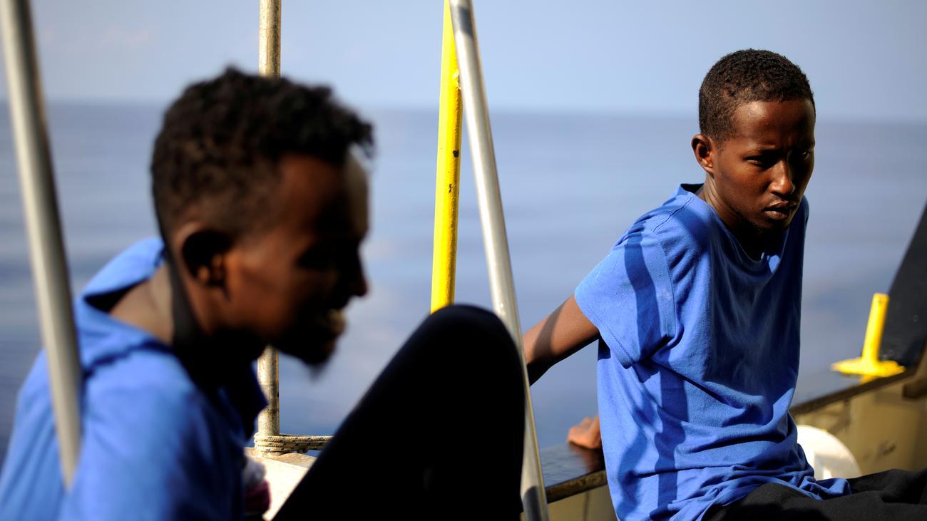 """Seenotrettung: Deutschland nimmt bis zu 50 Migranten der """"Aquarius"""" auf"""