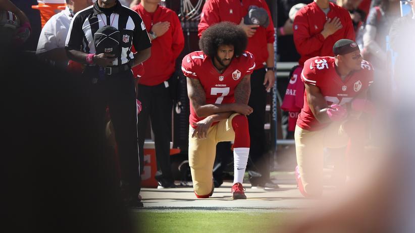 """""""Just-Do-It""""-Kampagne: Trump kritisiert Nike für Zusammenarbeit mit Ex-NFL Spieler Kaepernick"""