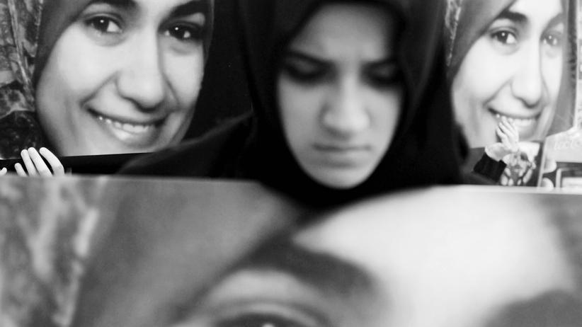 Rechte Gewalt: Am 1. Juli 2009 erstach der NPD-Sympathisant Alex W. im Dresdner Landgericht die schwangere Ägypterin Marwa al-Sherbiny.