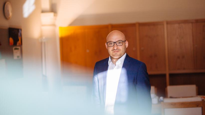 Frankfurt (Oder): Oberbürgermeister René Wilke (Linke) in seinem Amtszimmer