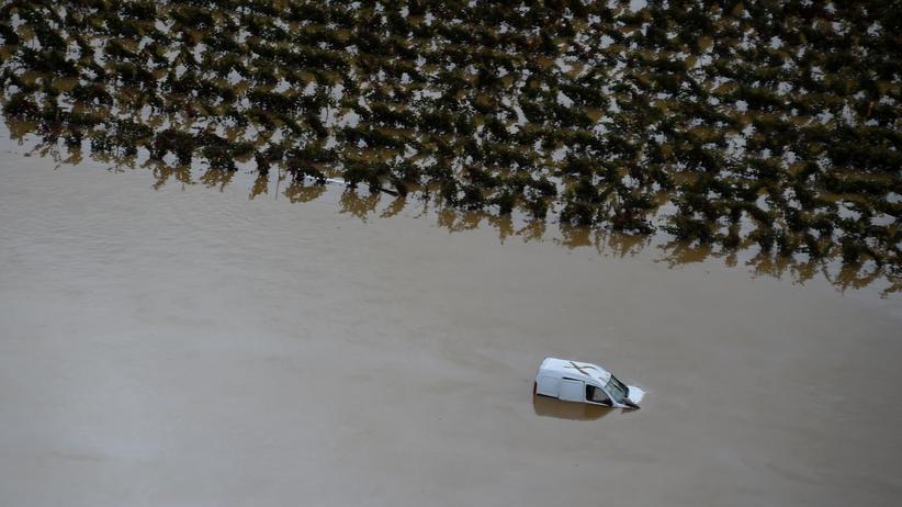 Überschwemmungen in Frankreich: Wasser, Schlamm und Schrott