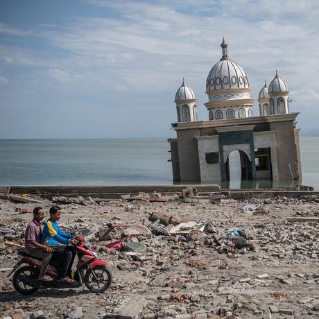 Tsunami auf Sulawesi: Die Welle nahm ihnen alles