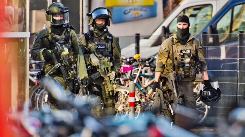 Köln: Geiselnehmer soll sich als IS-Sympathisant bekannt haben