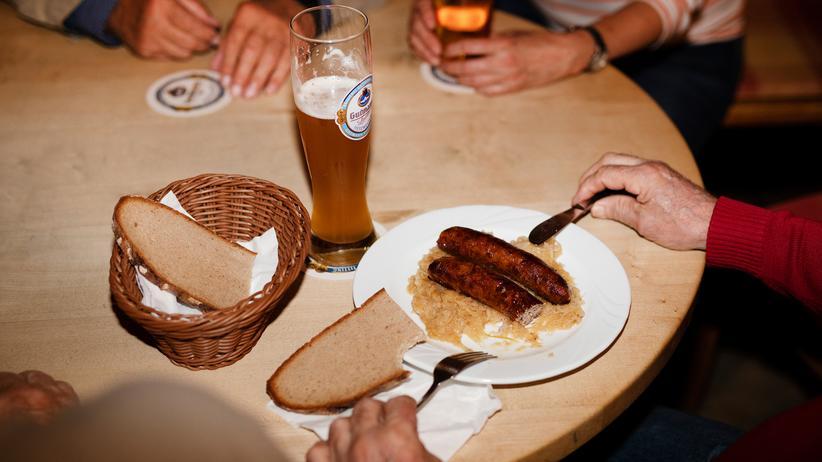 """Stammtisch in Bayern: """"Der Seehofer gönnt dem Söder nicht über 40 Prozent"""""""