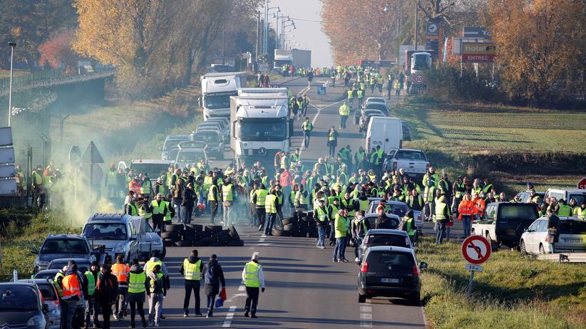 Frankreich: Tödlicher Unfall bei Protesten gegen hohe Spritsteuer