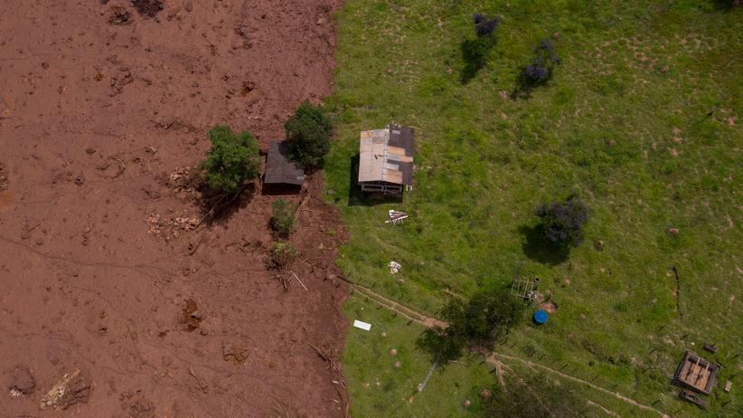 Brasilien: Verzweifelte Suche im Schlamm