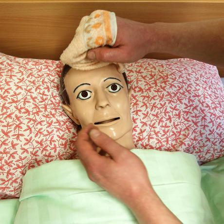 Pflegeausbildung: Wird es bald attraktiver, in der Pflege zu arbeiten?