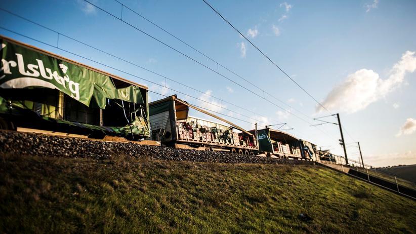 Dänemark: Zahl der Toten nach Zugunglück steigt auf acht