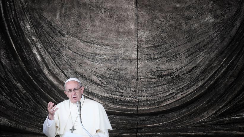 Vatikan: Papst erlässt Regeln für Schutz von Kindern vor sexuellem Missbrauch