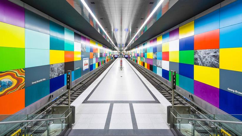 Architektur: Erkennen Sie diese leeren U-Bahnhöfe?