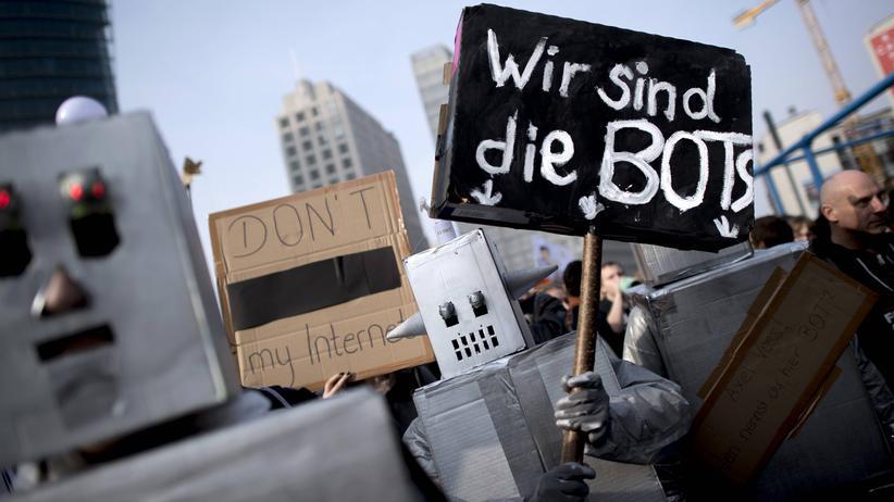 """Generation Y: Auf der Demonstration """"Save the Internet"""" am 23. März in Berlin"""