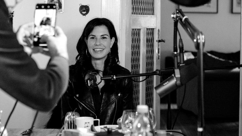 Interviewpodcast: Julia Stoschek, warum ist Kunst eine Religion?