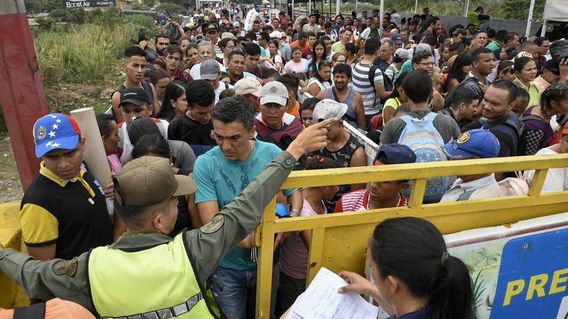 Simon-Bolivar-Brücke: An der Simon-Bolivar-Brücke an der Grenze zu Kolumbien (Foto vom 29. März)
