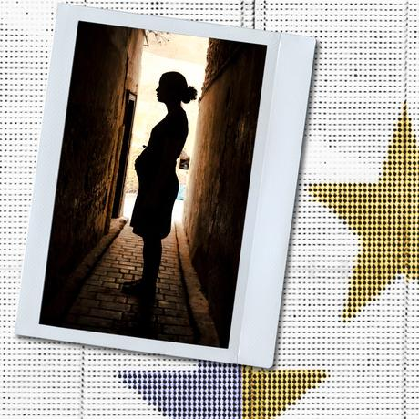 """Surrogate Mothers in Greece: """"It's Not Her Baby"""""""