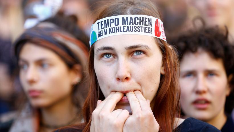 Jugendliche halten Klimaschutz und Bildungswesen für größte Probleme