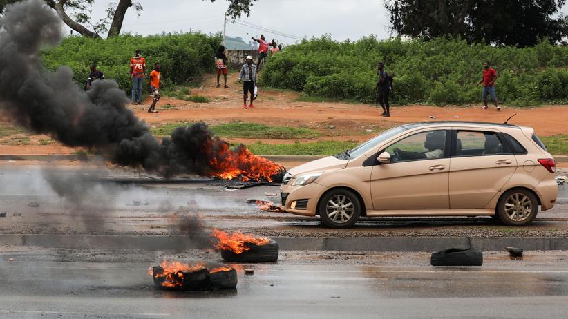 Nigeria: Ausschreitungen nun in der nigerianischen Hauptstadt Abuja: Die Angriffe richteten sich auf südafrikanische Unternehmen.