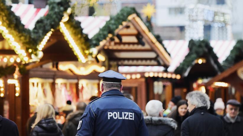 Bundeskriminalamt: Amri war am 19. Dezember 2016 mit einem Lastwagen über den Weihnachtsmarkt an der Berliner Gedächtniskirche gefahren. Er tötete zwölf Menschen. Nach der Tat floh er nach Italien, wo ihn die Polizei vier Tage später erschoss.