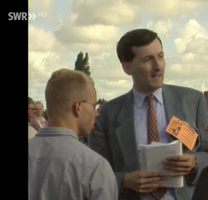 Andreas Kalbitz (l.) und Hans-Ulrich Kopp 1994 in Diksmuide/Belgien