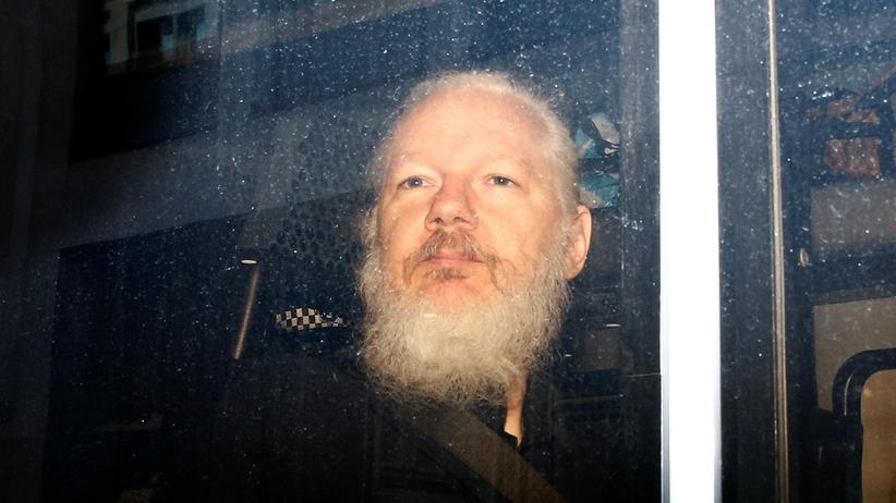 Wikileaks-Gründer: Zeige laut Experten deutliche Anzeichen von Folter: Julian Assange, hier bei seiner Festnahme im April 2019
