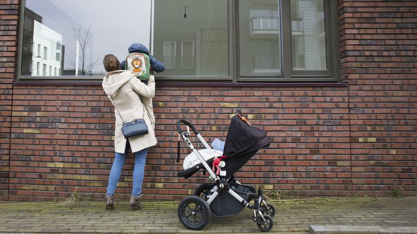Wohnungsmarkt: Seit einigen Jahren gibt mehr Familien unter den Wohnungslosen. Menschen, denen man vor zehn Jahren wegen der Kinder einen gewissen Schutz zugestanden hätte.