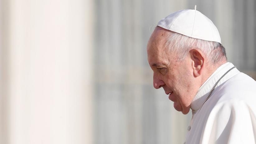 Katholische Kirche: Franziskus hebt päpstliches Geheimnis bei sexuellem Missbrauch auf