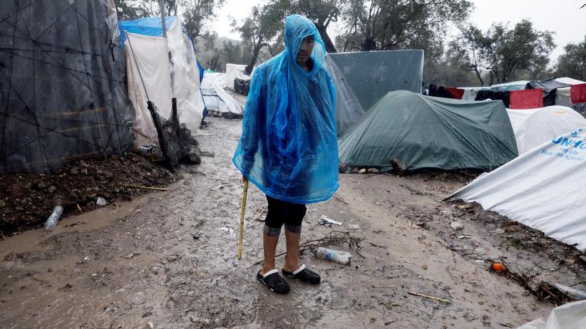 Flüchtlinge: Ein Flüchtling in Camp Moria auf der griechischen Insel Lesbos