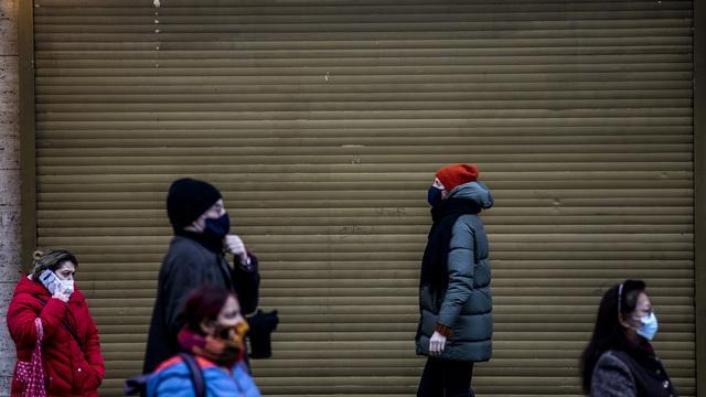 """Corona-Pandemie: #ZeroCovid fordert solidarischen Shutdown – """"auch am Arbeitsplatz"""""""