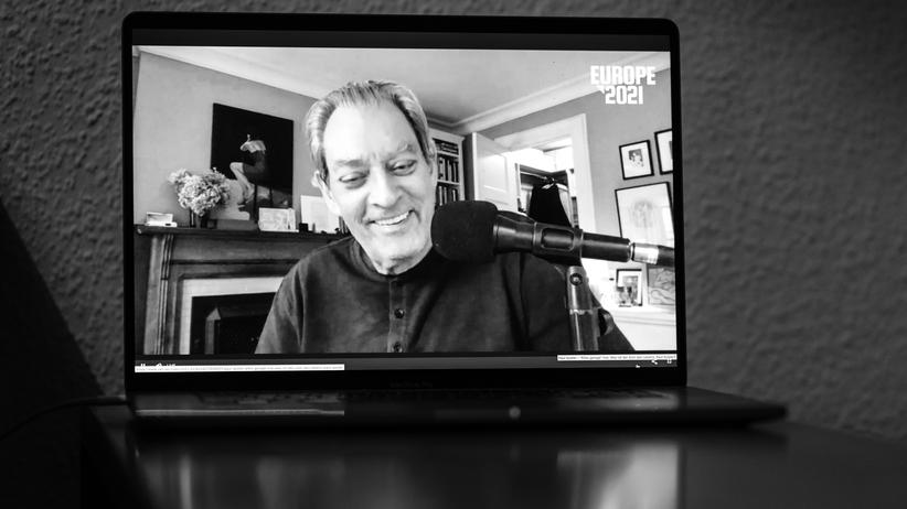 Interviewpodcast: Paul Auster, Can You Tell Us the Story of America?