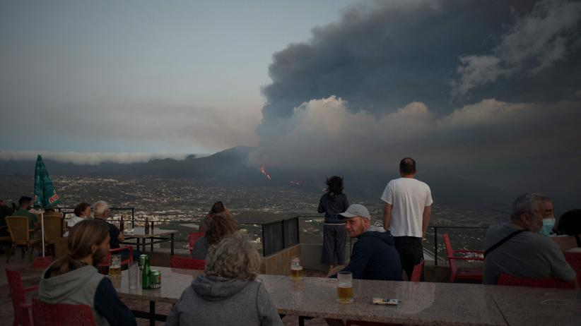 Vulkanausbruch: Flugverkehr nach La Palma unterbrochen