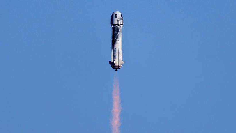 """Weltraumtourismus: """"Sky is the limit?"""" Die Rakete von Blue Origin nach dem Start"""
