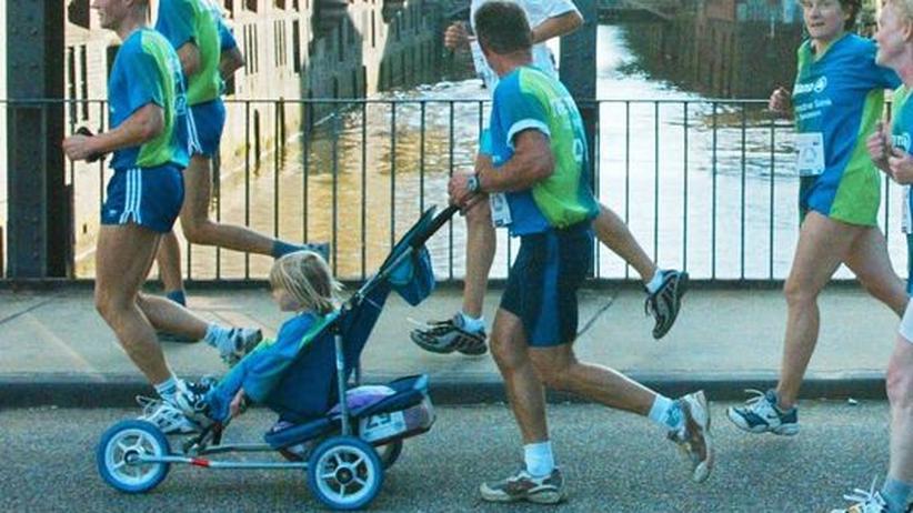 Doppelbelastung für Väter: Wann ist der Mann bereit für Kinder?